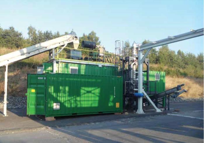 Il suffit de quelques semaines pour installer les unités containérisées qui permettent de traiter 5 à 12 tonnes de déchets plastiques par jour.