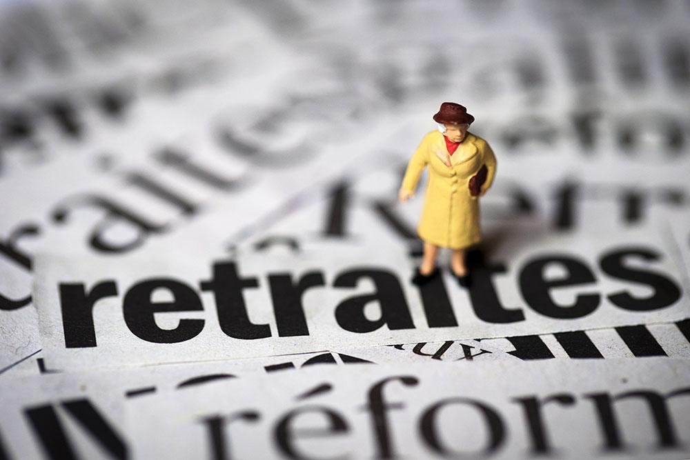 Réforme des retraites: le gouvernement abat ses premières cartes