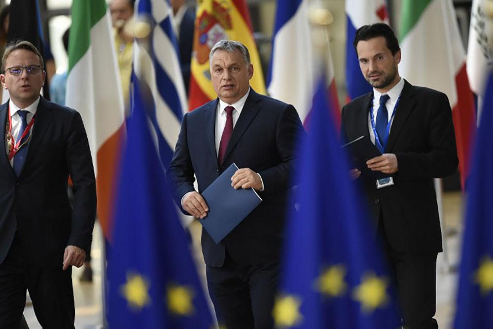 Brexit: l'UE exige des progrès, une transition plus longue ne convainc pas