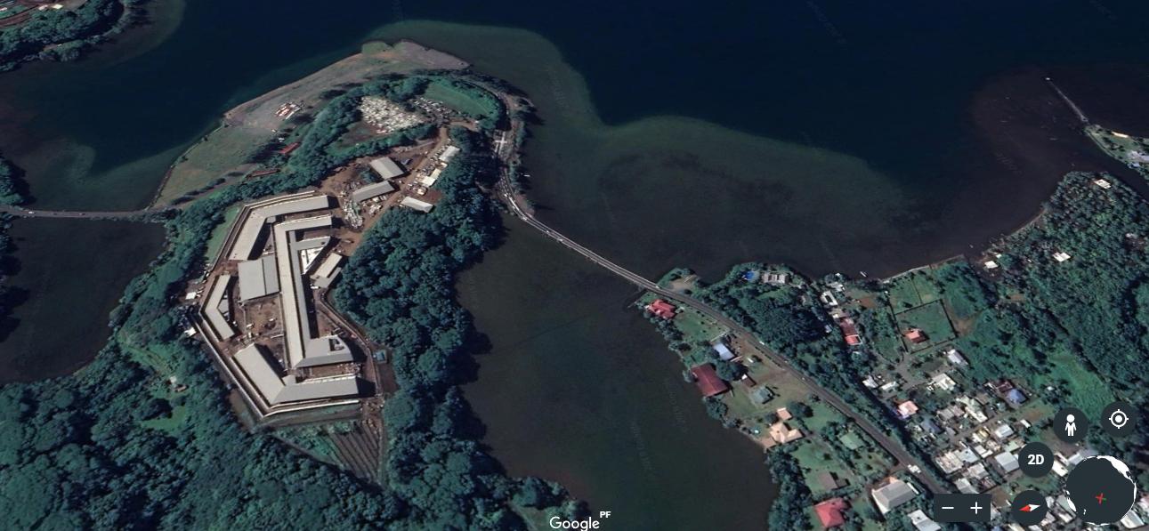 La prison de Papeari vue depuis Google Earth