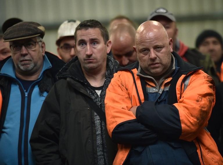 Aciérie d'Ascoval: deux semaines de sursis, l'usine toujours bloquée