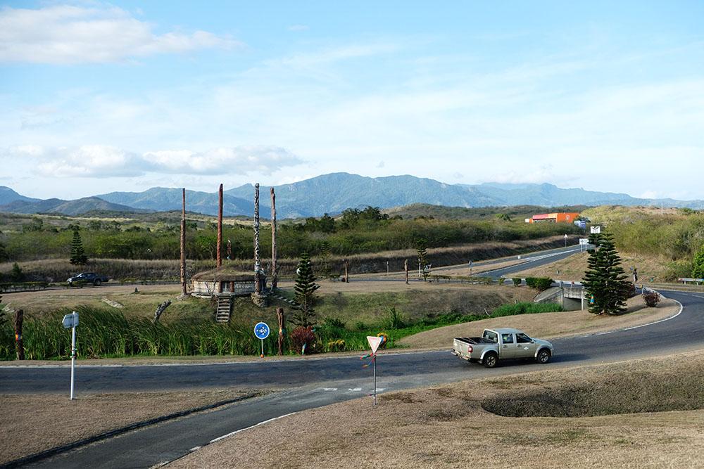 Levée des barrages dressés après le référendum prés de Nouméa