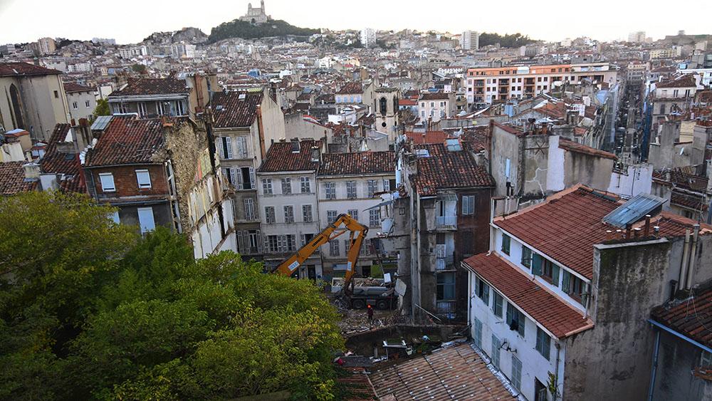 """A Marseille, la crainte d'un """"effet domino"""" après la découverte d'un sixième corps"""