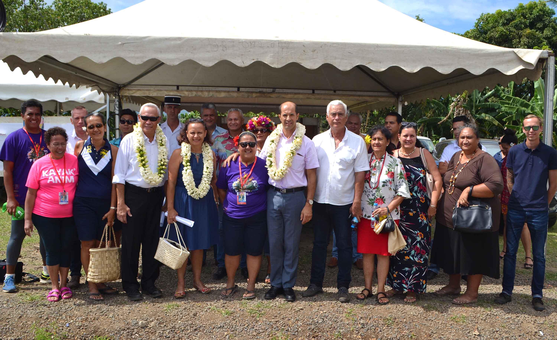 La ministre de l'Education, de la Jeunesse et des Sports, Christelle Lehartel, a assisté, jeudi après-midi, à l'ouverture officielle de la 2ème édition du Taure'a Move organisé par l'Union Polynésienne pour la Jeunesse (UPJ), sur le site de Pu'unui à To'ahotu dans la commune de Taiarapu-Ouest.  En présence notamment de Raymond Yeddou, Administrateur, chef des subdivisions administratives des îles du Vent et des îles Sous-le-Vent, et du maire de la commune, Wilfred Tavaearii.