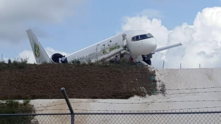 Guyana : six blessés dans l'atterrissage d'urgence d'un Boeing