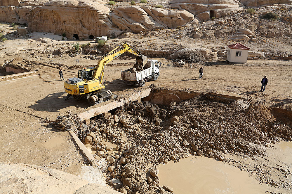 Jordanie/intempéries: le corps d'une fillette retrouvé, 13 morts