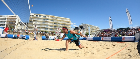 Le beach tennis débarque sur les plages du fenua