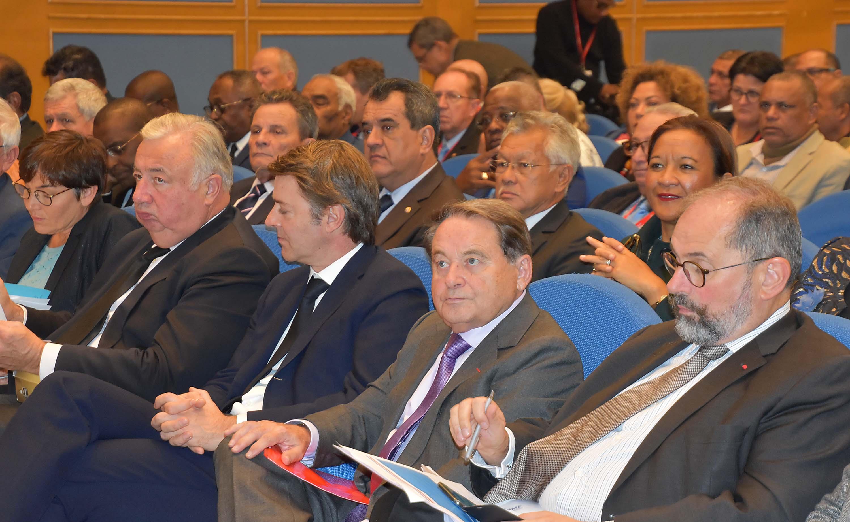 Congrès des maires de France: les tavana plaident pour leurs finances