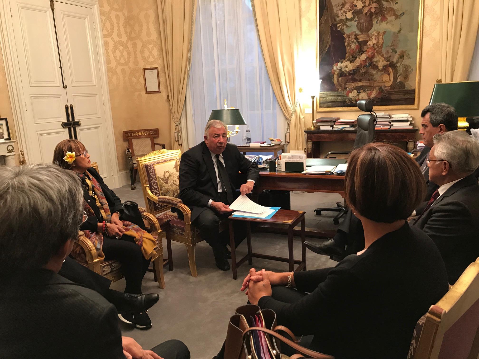 Le projet de réforme statutaire a été évoqué lors d'un entretien avec le président du Sénat, Gérard Larcher.