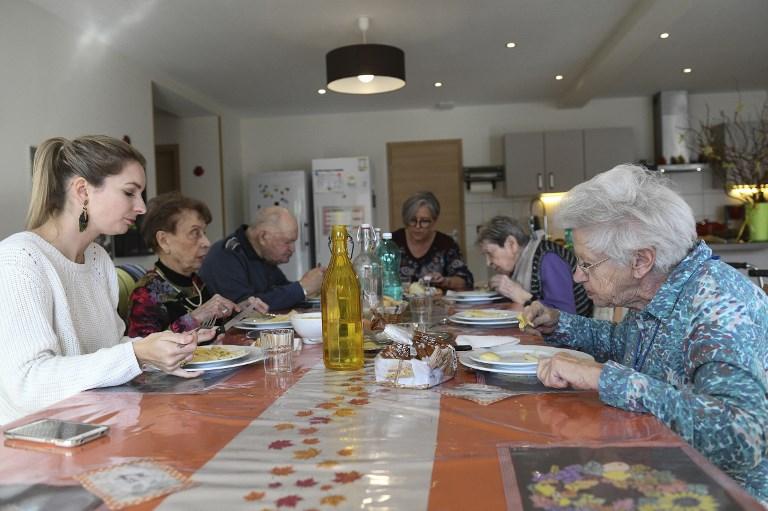 """Des maisons de retraite """"à taille humaine"""" vont bientôt essaimer en France"""