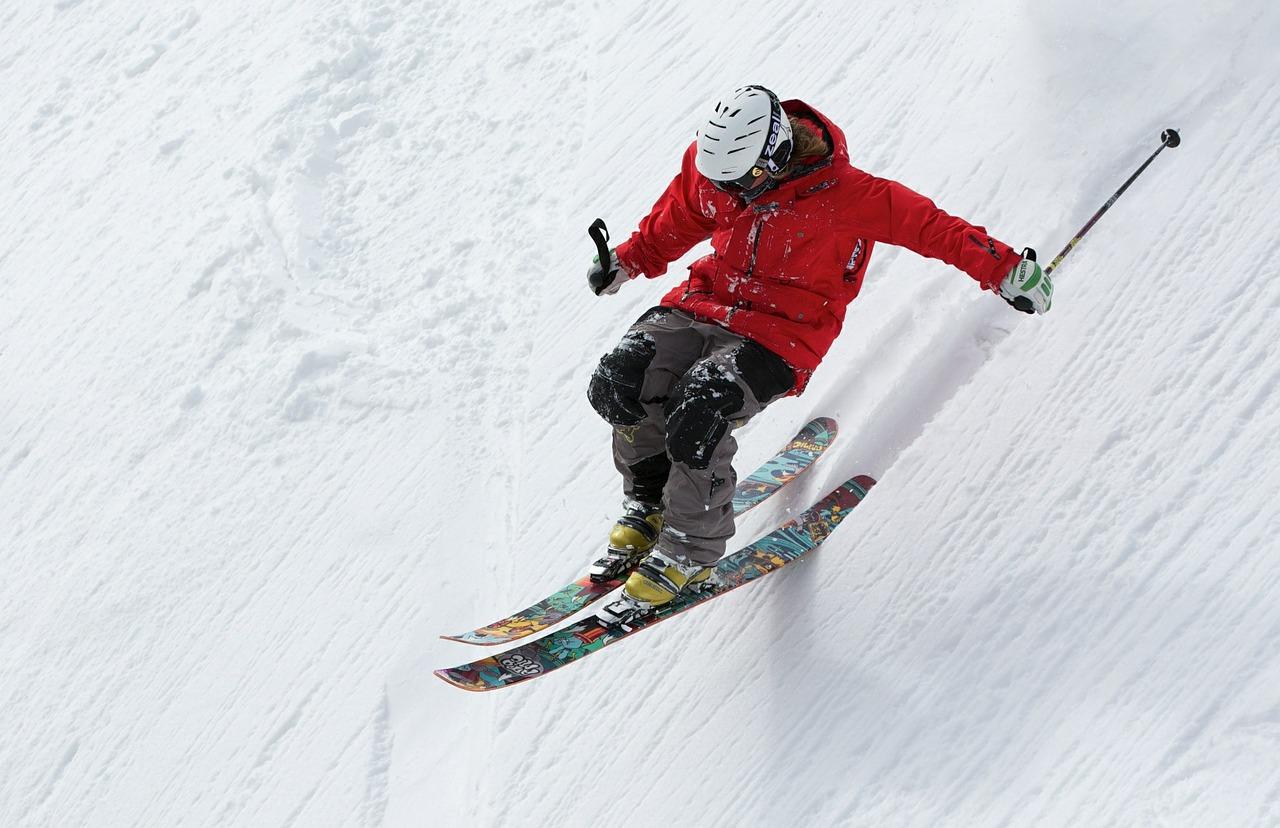 Montagne: la saison d'hiver lancée dans les Alpes et les Pyrénées