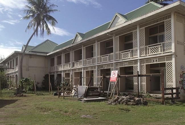L'hôtel tombe aujourd'hui en ruines.