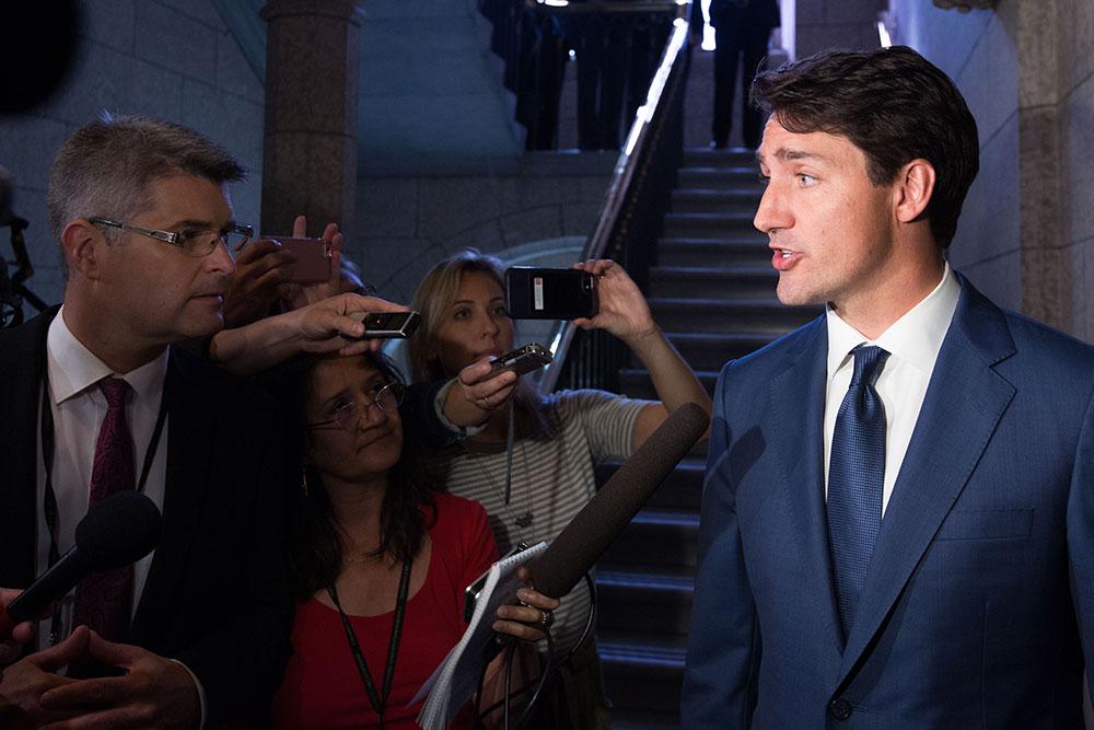 """Huawei: pas d'""""intervention politique"""" assure Trudeau"""