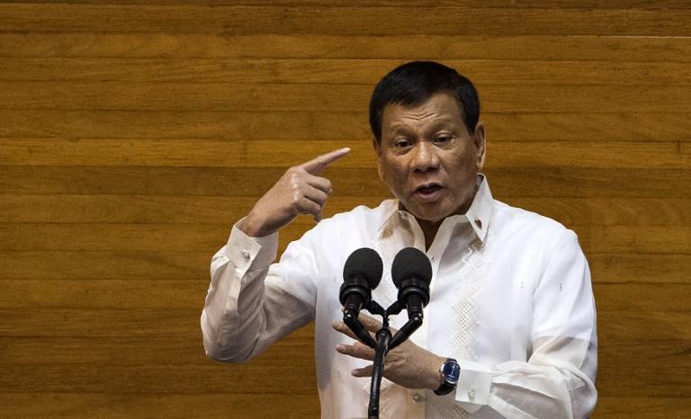Philippines : Duterte veut étendre la loi martiale dans le sud