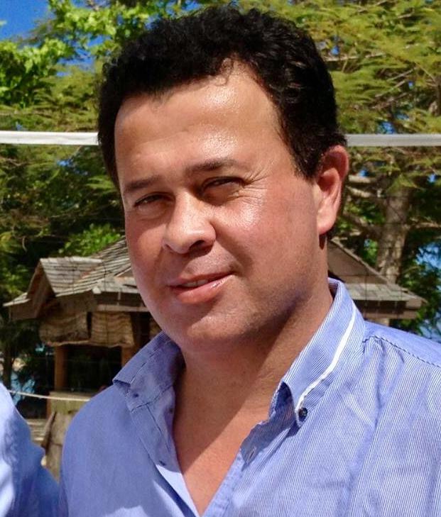 Frederick Grey, directeur du Grey Investment Group. Il passe sa vie entre Tahiti (où il élève sa fille de quatre ans), les Samoa (où vit sa famille) et la Nouvelle-Zélande (le cœur économique de son entreprise). Nous l'avons rencontré au Sofitel Tahiti Ia Ora Beach Resort pour un long entretien sur ses projets concernant la Polynésie