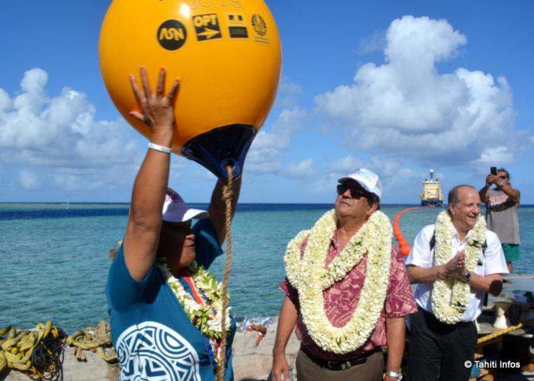 Le développement des archipels passera notamment par le développement des moyens de communication. Et la pose récente du câble Natitua permettant l'accès au haut débit aux habitants des archipels des Tuamotu et des Marquises devrait y contribuer.