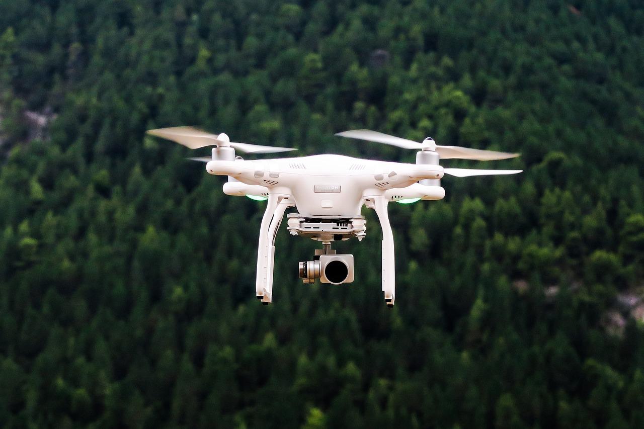 Formation et enregistrement obligatoires pour les drones de plus de 800 g