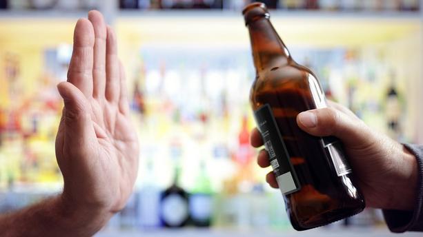 Zéro alcool en janvier: le défi venu d'Angleterre pour oublier les excès