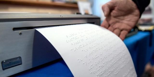 Lire reste un défi pour les aveugles, 210 ans après la naissance de Braille