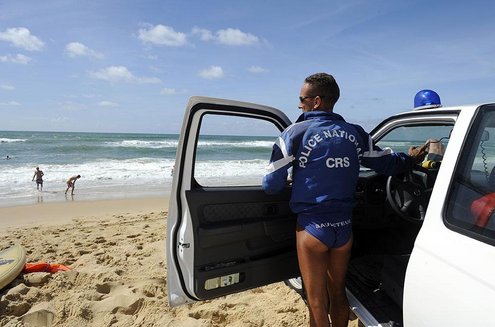 Australie: des milliers de nageurs victimes d'une invasion de physalies