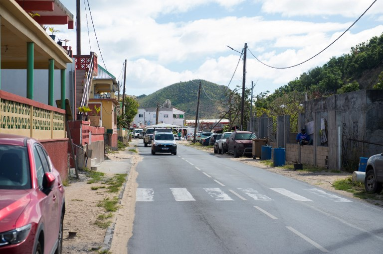 St-Martin: seize mois après Irma, la lente reconstruction d'un établissement scolaire provoque la colère