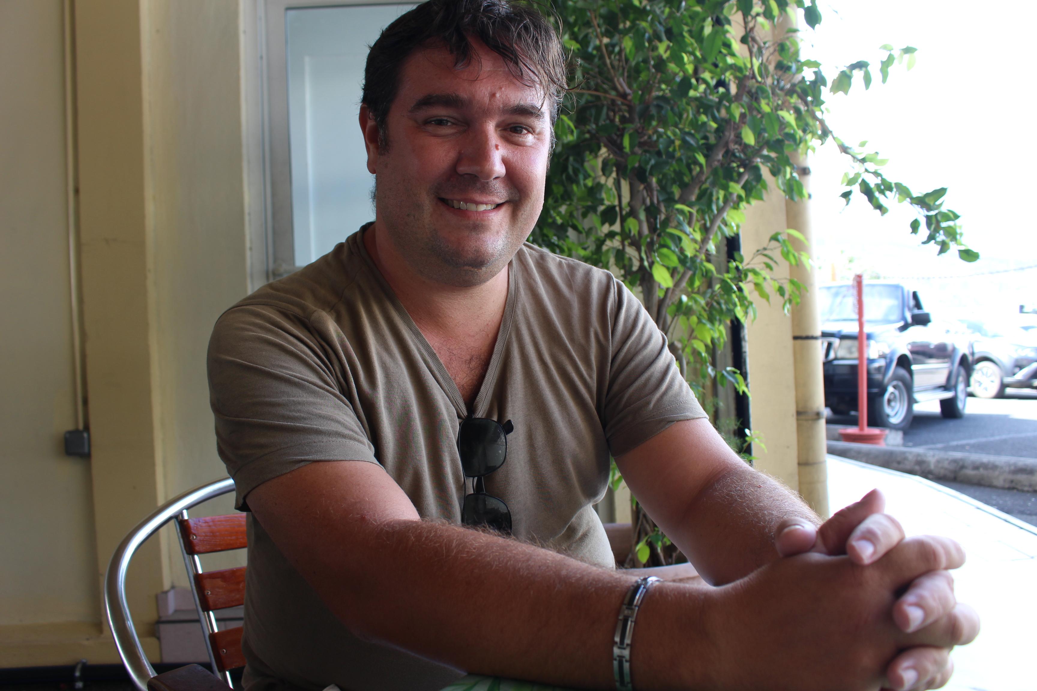 Stéphane martino, auteur et acteur.