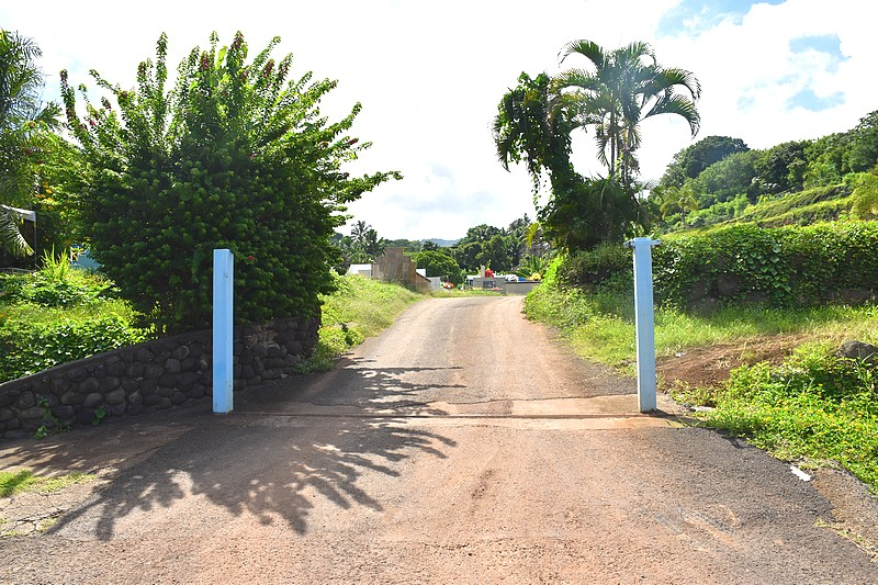 Des portails seront installés aux entrées et aux sorties du cimetière.
