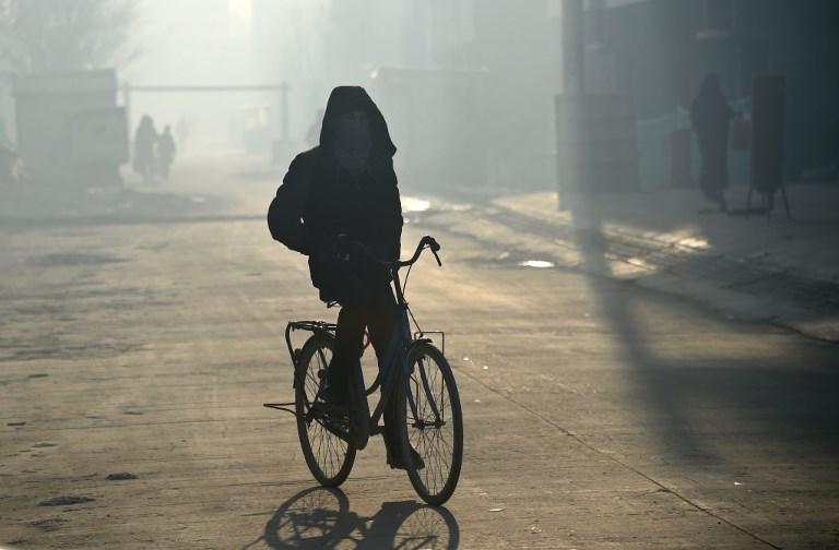 """Kaboul suffoque, étouffée par une pollution de l'air """"mortelle"""""""