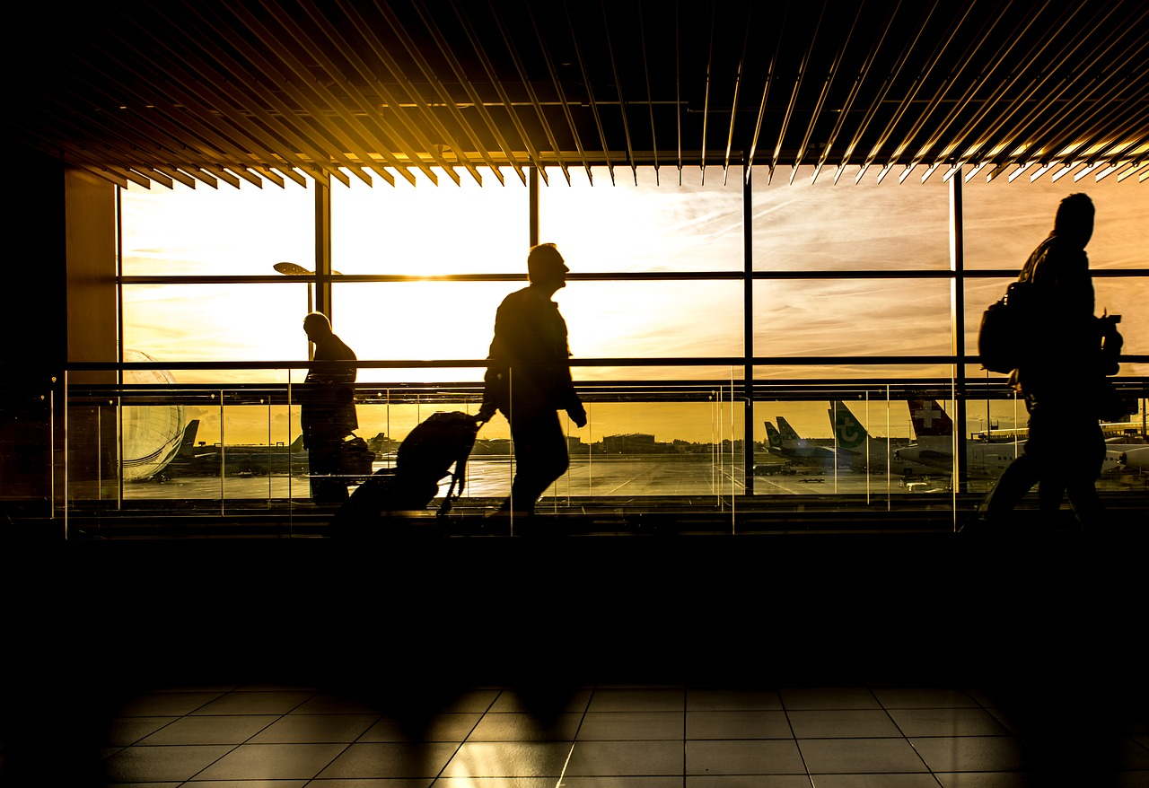 Orly: l'aéroport en partie évacué à cause des chaussures suspectes d'une passagère