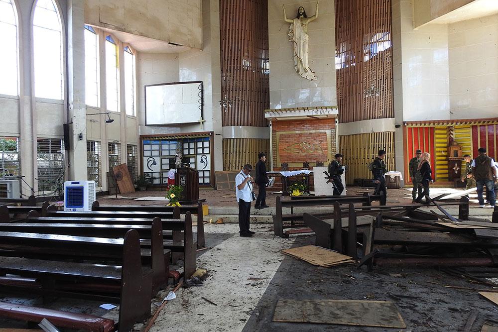 Philippines: 18 morts dans un attentat contre la cathédrale de Jolo
