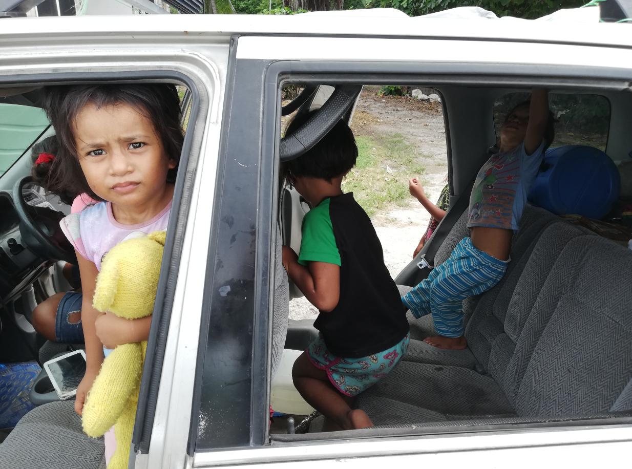 Plusieurs enfants réfugiés sont nés à Nauru dans les camps. Crédit Mike Leyral.