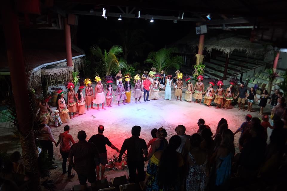 Tahiti Zoom /Tiki Village Moorea