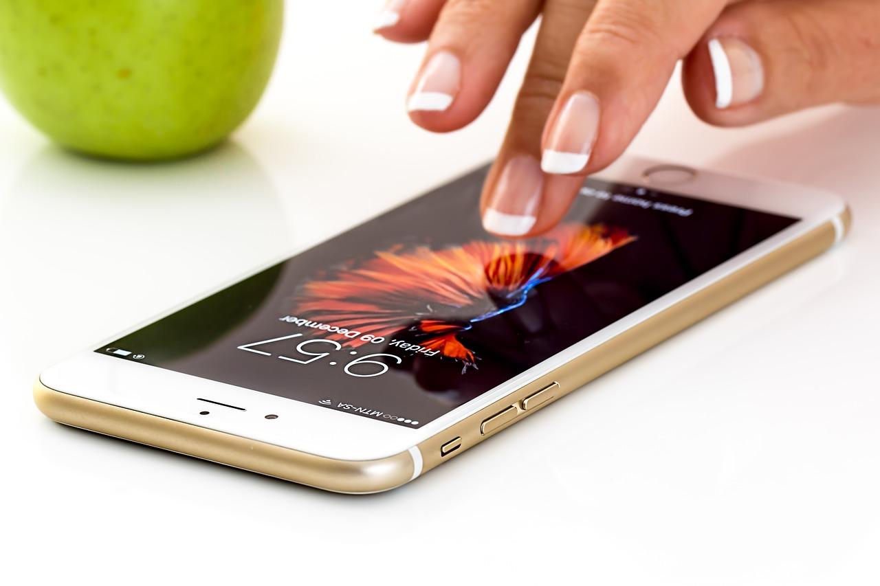 """Apple veut faire le ménage dans les applications """"espionnes"""""""