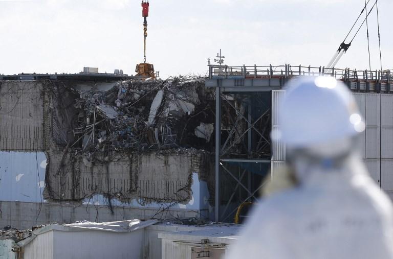 """Fukushima: un robot va """"toucher"""" pour la première fois du combustible fondu"""