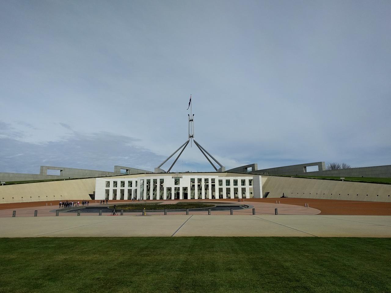 Australie: la police ouvre l'enquête après une bagarre au Parlement