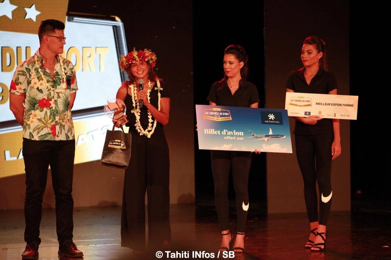 Vahine Fierro, meilleure espoir femme avec Antony Pheu directeur de la DJS
