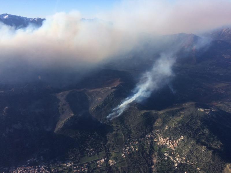 Haute-Corse : le feu de Calenzana ne progresse plus
