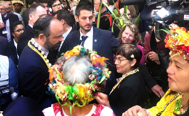 Edouard Philippe, Premier ministre, est venu visiter le stand de la Polynésie mardi.