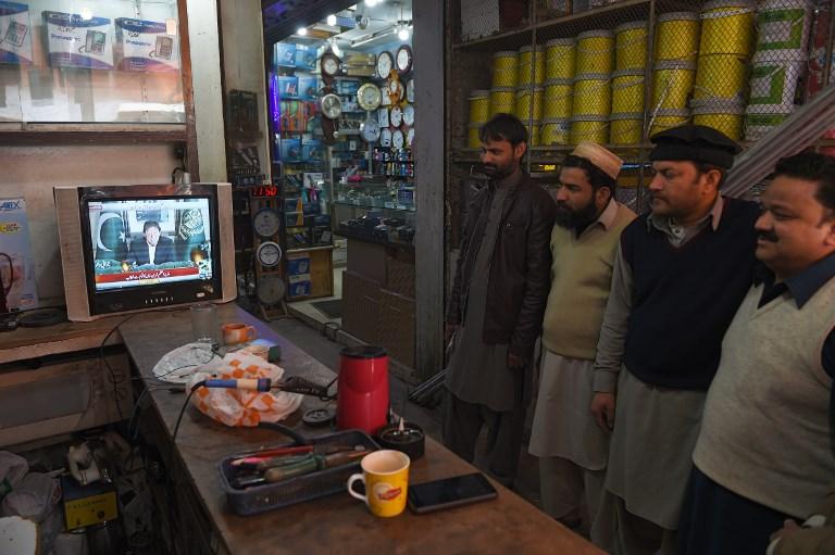 Escalade au Cachemire où Pakistan et Inde affirment avoir abattu des avions