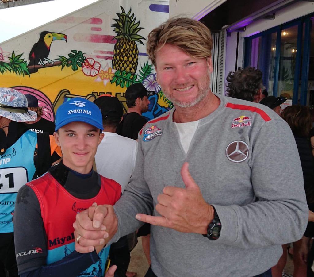 Mathieu Michaux au côté de Bjorn Dunkerbeck véritable légende vivante de la discipline.
