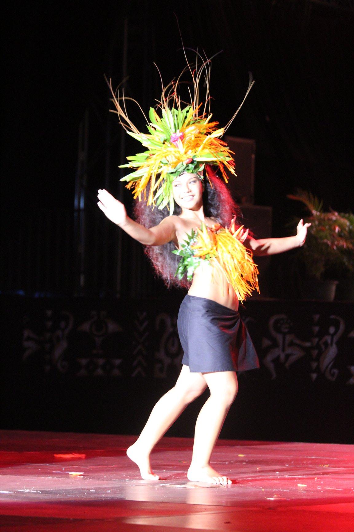 Hereiti Tixier du collège de Tipaerui repart avec le titre de la meilleure danseuse.