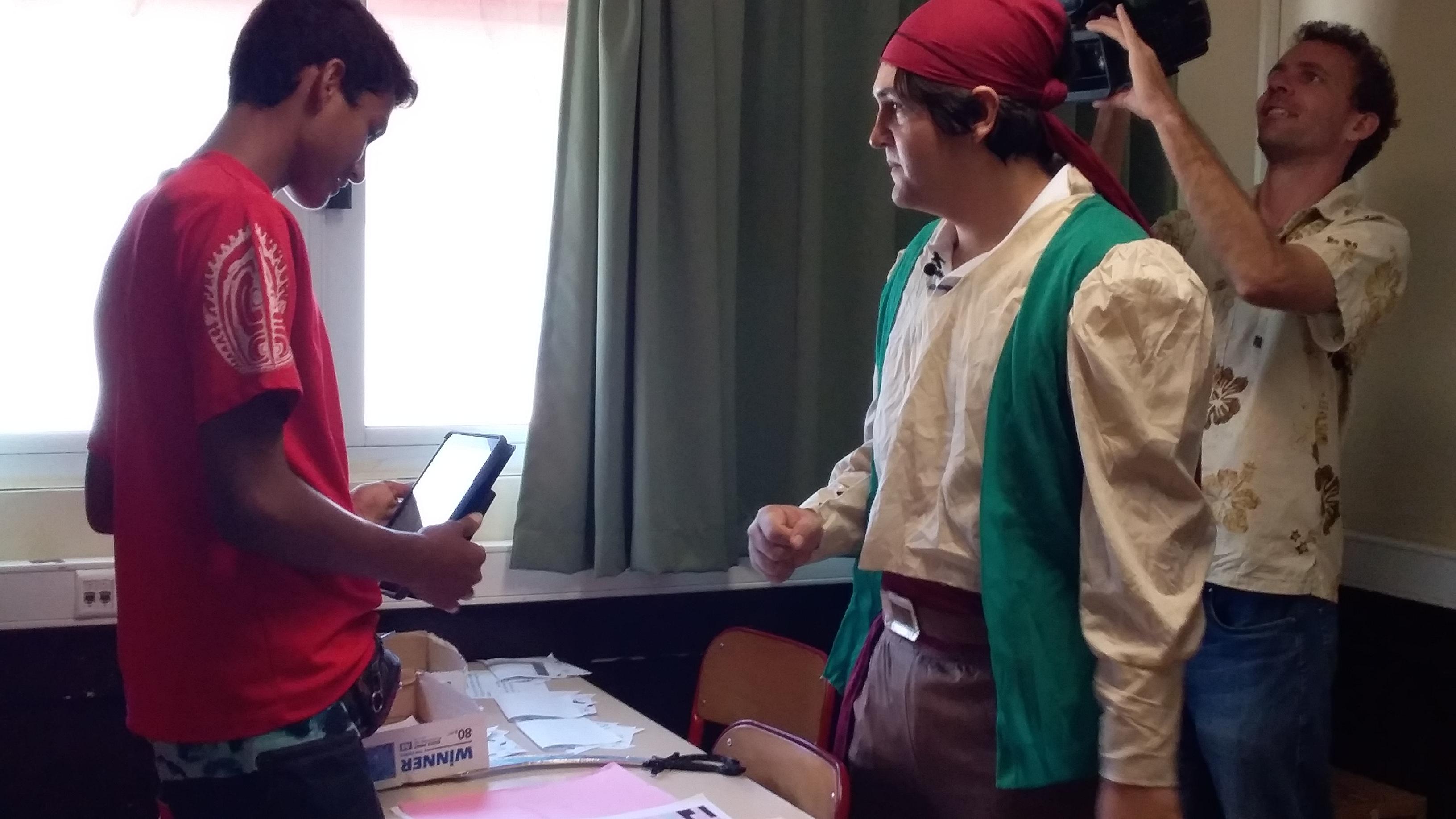 """Mathieu Aznar, professeur de mathématiques, a enfilé l'habit de maître des énigmes dans sa classe de troisième préparatoire à l'enseignement professionnel (3e """"prépa-pro"""")."""