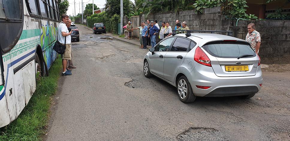 La route de la Tuauru sera réhabilitée par le Pays et la commune, selon le ministre.