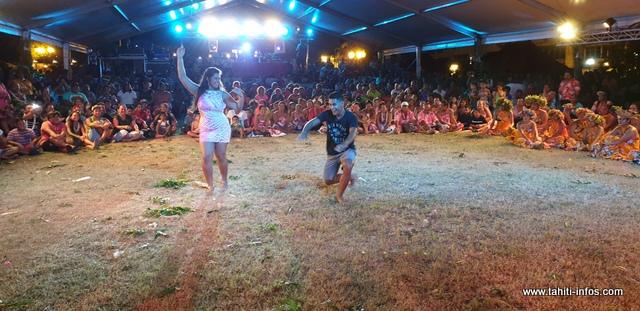 Les prix des meilleurs danseurs reviennent au couple de Mama'o.