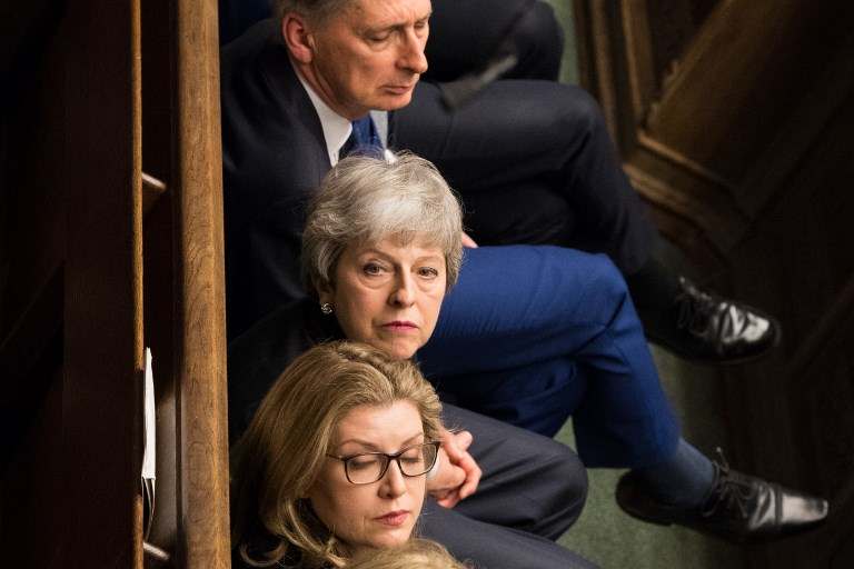 Theresa May offre sa démission contre l'adoption de son accord de Brexit