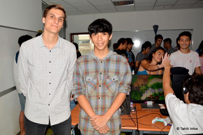 Yannick Massin et Axel Labarrere, membres de l'équipe qui a créé le jeu Fenua