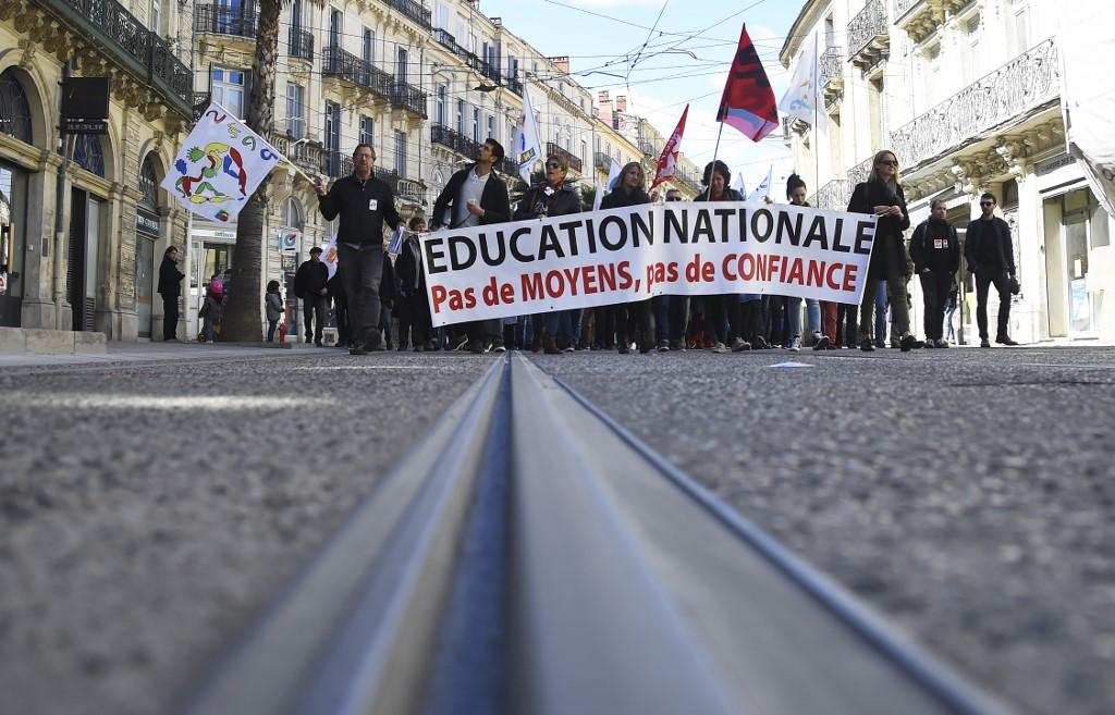 Loi sur l'école et réforme du bac: les enseignants à nouveau dans la rue