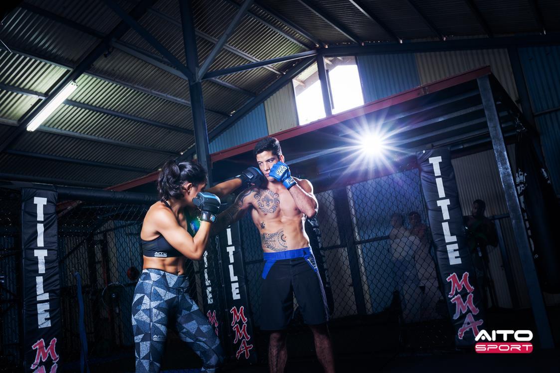 Tehana évolue au sein d'Islander MMA depuis plusieurs années