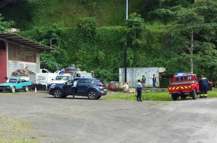 Saint-Hilaire: Un véhicule chute avec six personnes à bord, deux morts