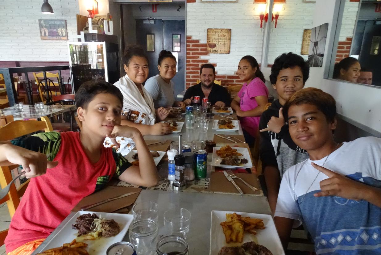 Six adolescents ont découvert le métier de restaurateur. Crédit Anaël Métivier.